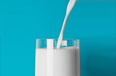 牛乳で背が伸びる?伸びない?昔とは違う今の常識