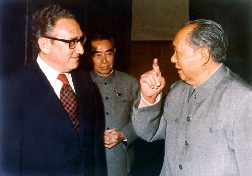 毛沢東の「1万年後に解決」にキッシンジャーがのけぞった